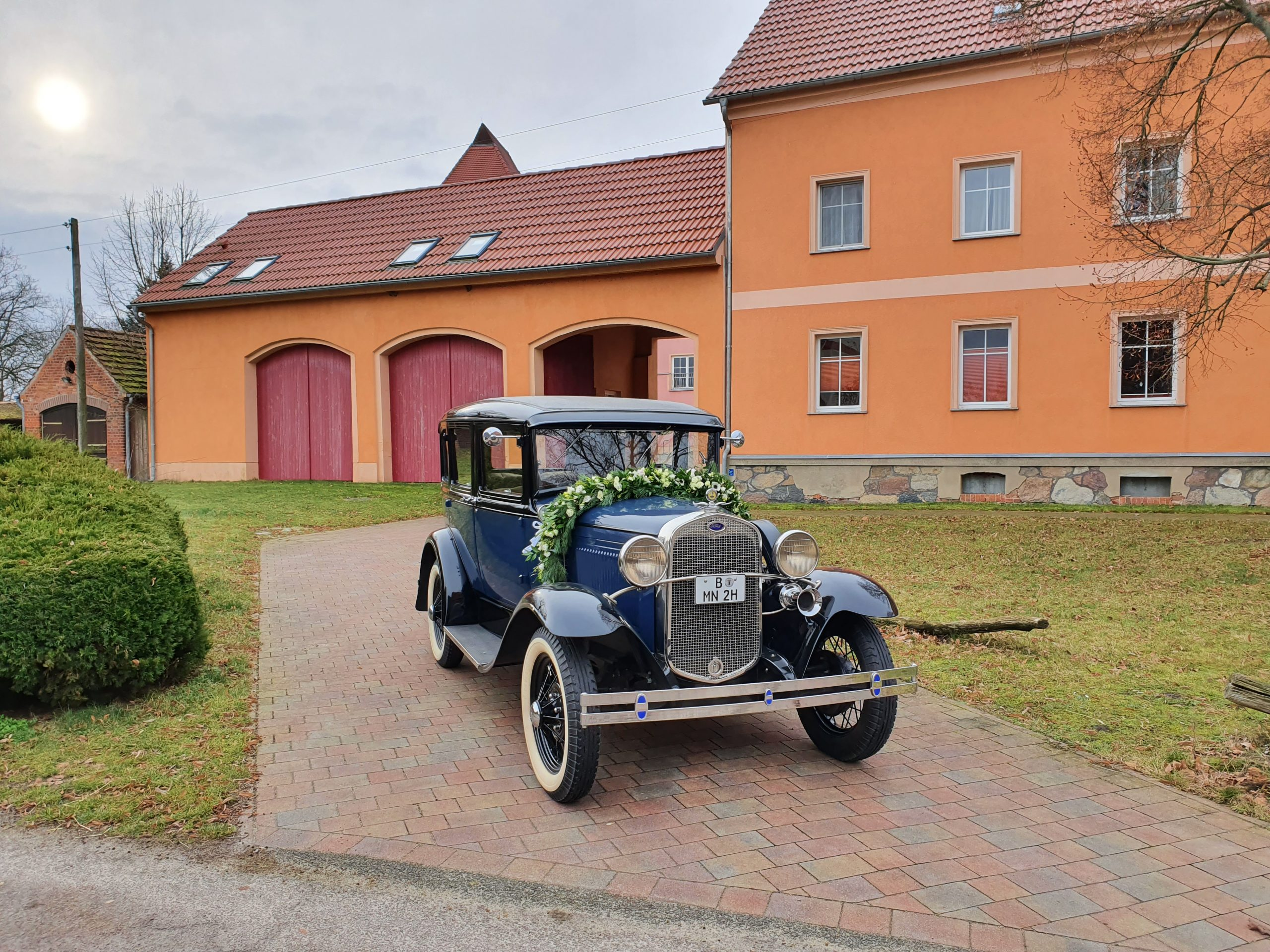 ford model a town sedan baujahr 1930 dunkelblau