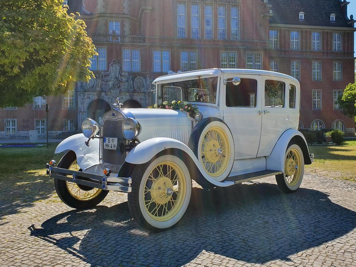 ford model a town sedan baujahr 1929 weiß