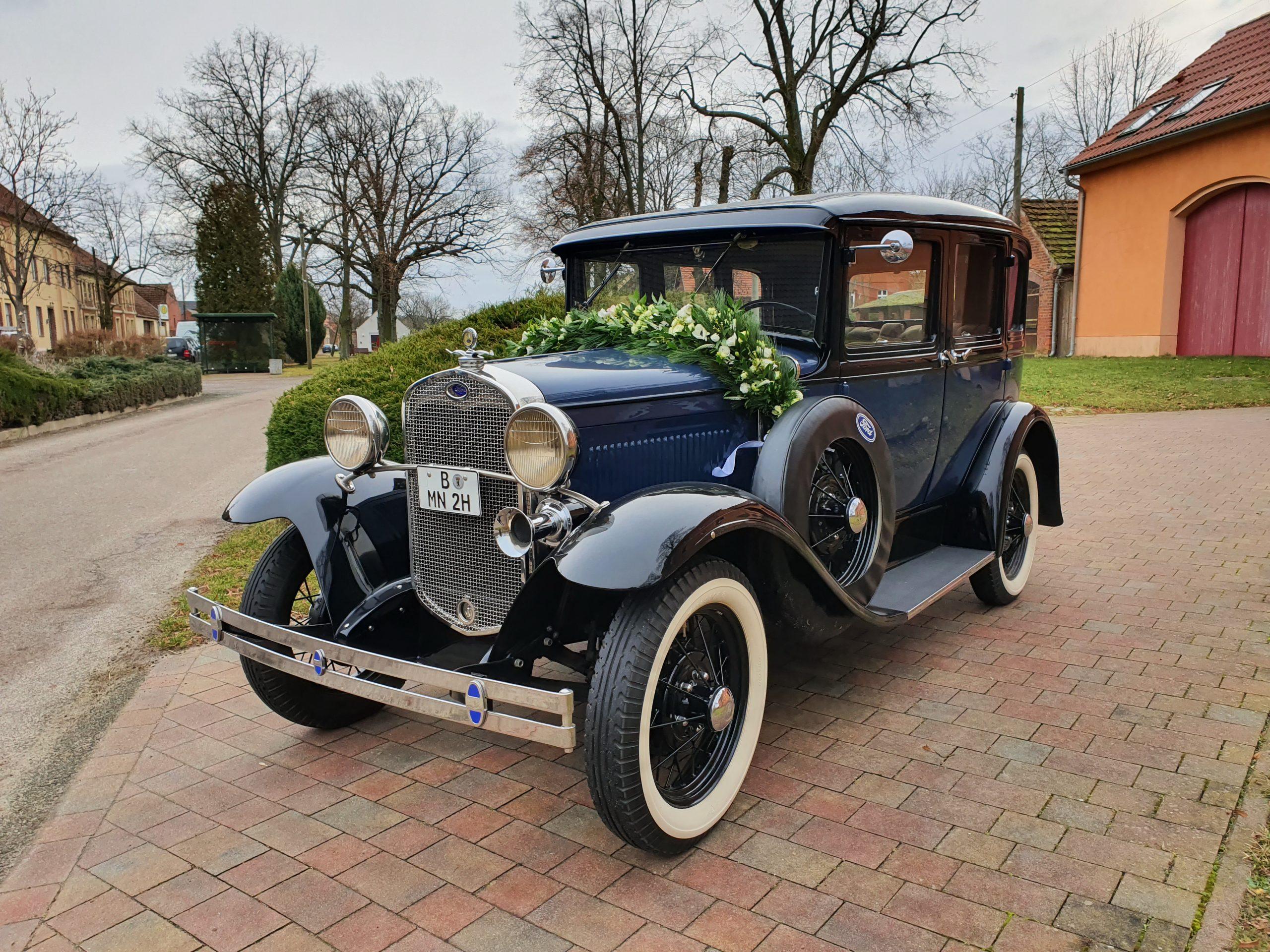 brautlimousine ford model a town sedan baujahr 1930 dunkelblau